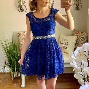 Lace Embellished Formal homecoming Prom Dress
